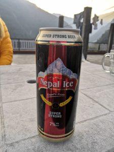 Nepal Ice Bier im Teehaus