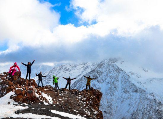 Elbrus Höhe und Besteigung