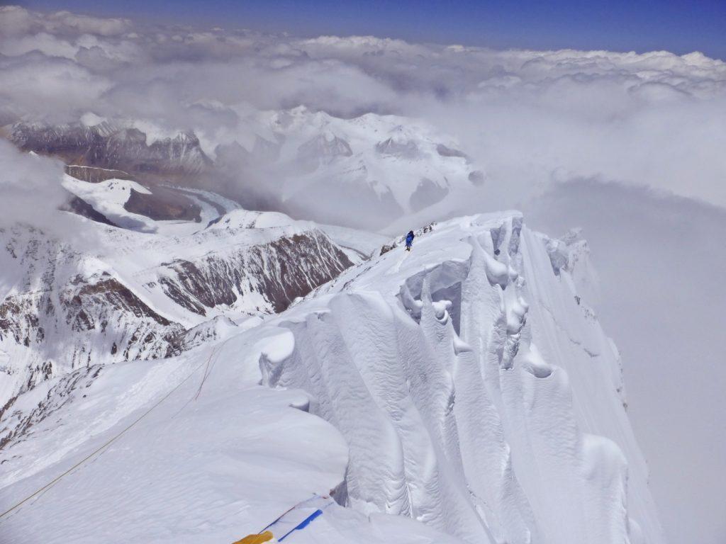 Mount-Everest-Besteigung-Gipfelaufbau