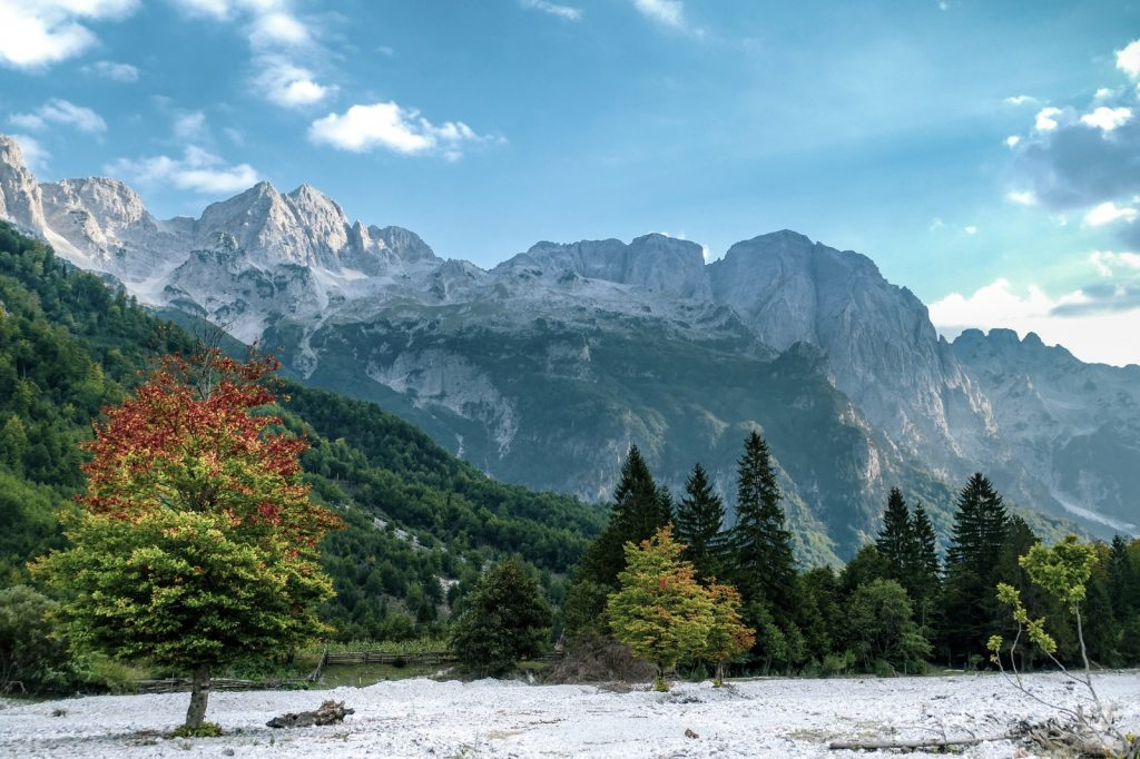 Albanien wandern - beste Jahreszeit