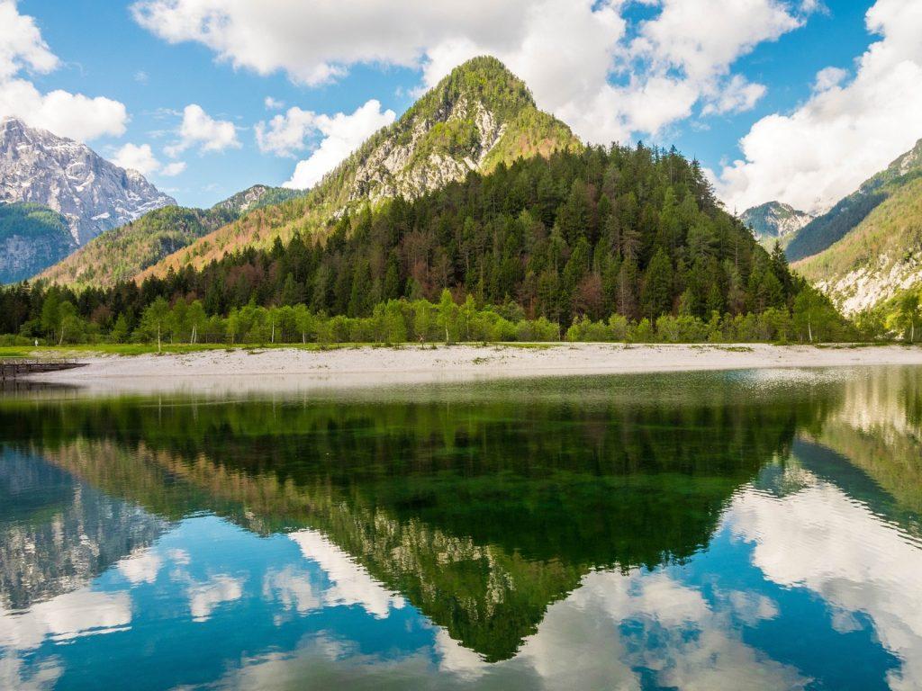 Slowenien wandern Jasna See Triglav