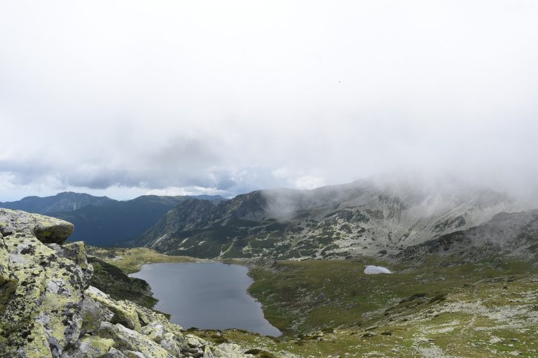 Wandern im Rezetat Gebirge