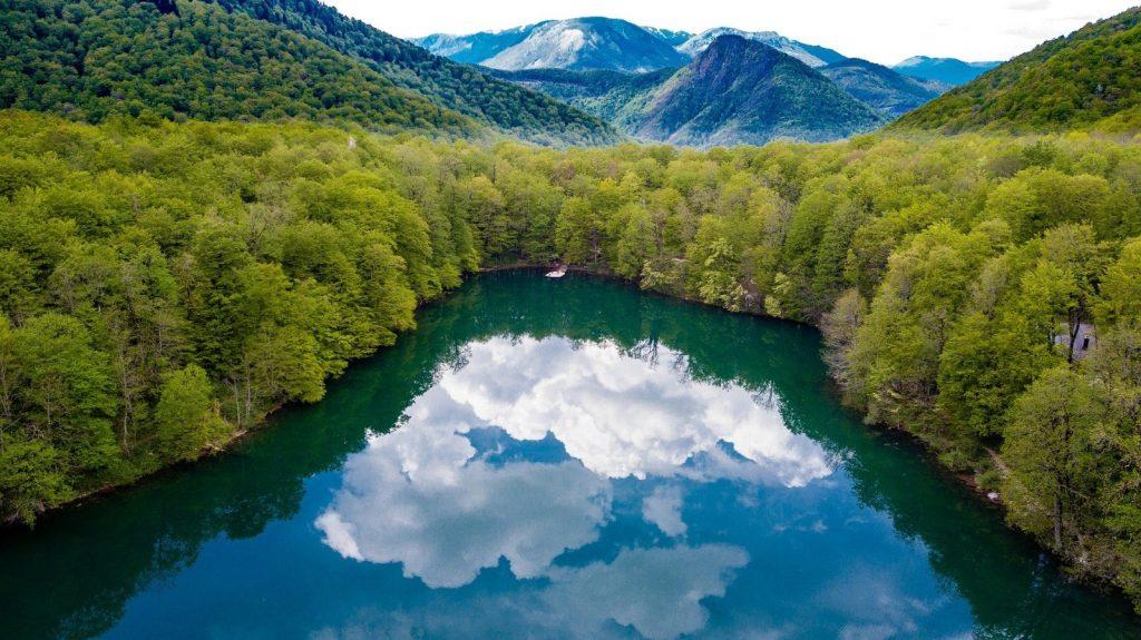 Crno jezero Schwarzer See Durmitor Montenegro