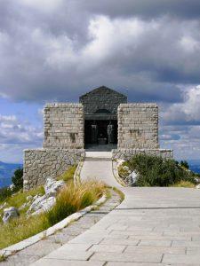 Lovcen Nationalpark Mausoleum Njegos Montenegro